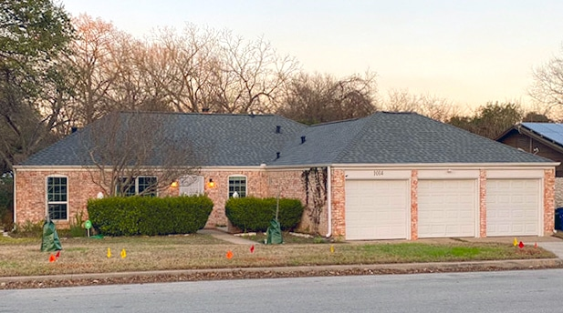 Roofing in Austin - home with 3 car garage